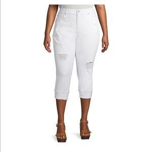 Plus Size Skinny Denim Capri Jeans With Roll Cuff